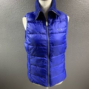 Oakley blue puff vest Small